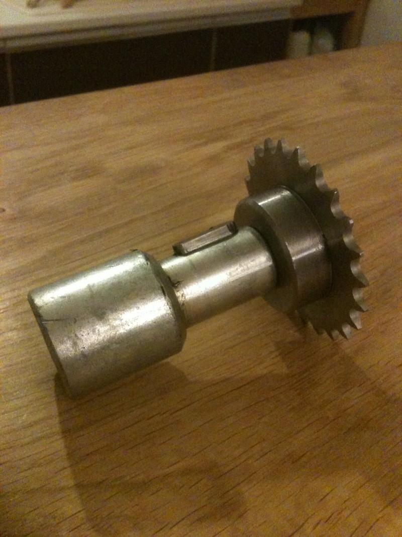 Besoin d'aide pour un motoréducteur 220/380 Img_1828