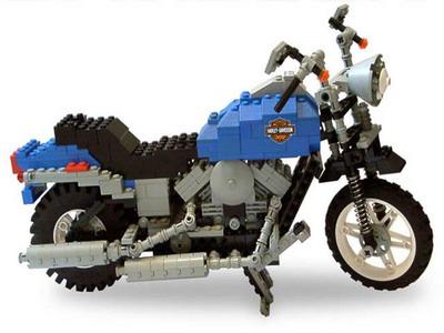 Jouets, jeux anciens et miniatures sur le monde Biker - Page 2 Legoha11