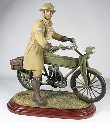Jouets, jeux anciens et miniatures sur le monde Biker Model_10