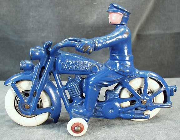 Jouets, jeux anciens et miniatures sur le monde Biker Toy11