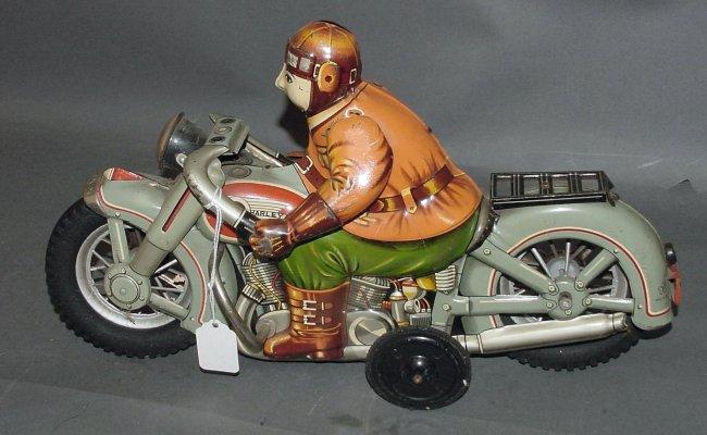 Jouets, jeux anciens et miniatures sur le monde Biker Toy_210