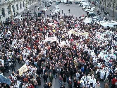 Rassemblement 18 Novembre à Paris ( marche blanche) Rassem10