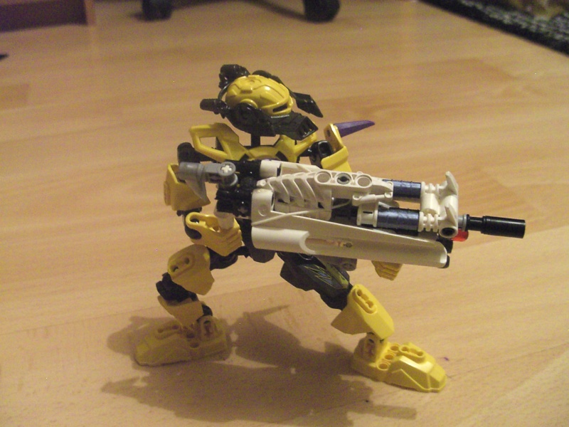 [MOC] Fusil Blaster Bionicle (NEW !) Pict5321