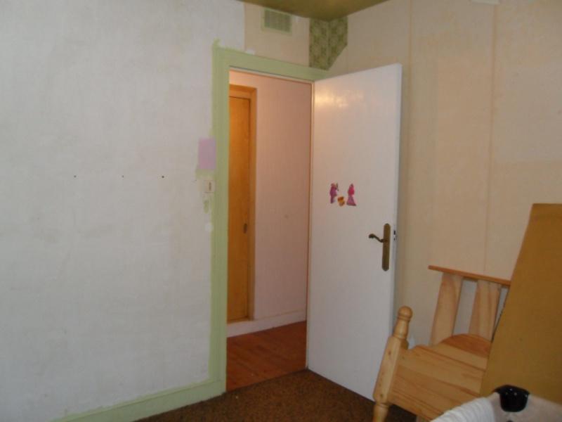 Maison à rafraîchir : La chambre de ma fille de 2 ans ? 2 murs peints, ça avance ! Page 4 - Page 3 2012_010