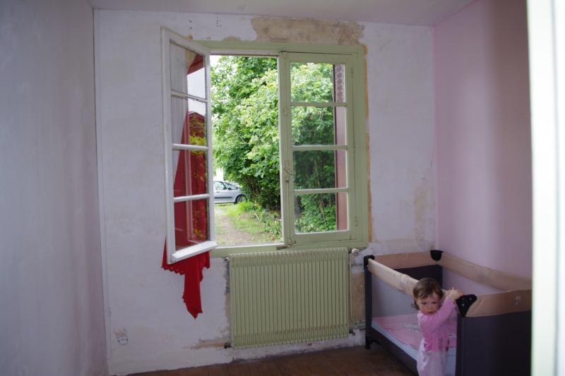 Maison à rafraîchir : La chambre de ma fille de 2 ans ? 2 murs peints, ça avance ! Page 4 - Page 3 2012_014