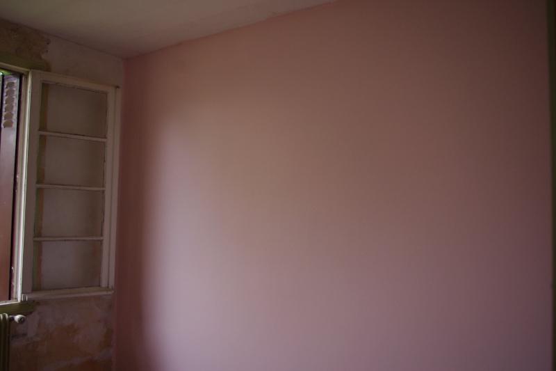 Maison à rafraîchir : La chambre de ma fille de 2 ans ? 2 murs peints, ça avance ! Page 4 - Page 3 2012_017