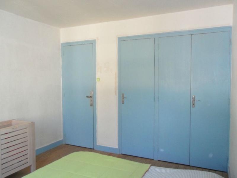 Dégagement vers chambre et garage à peindre - help CoUlEUrS ! Buro_214