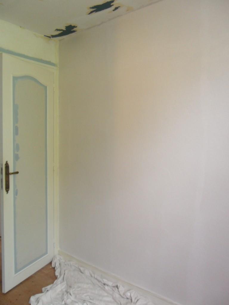 Maison en rénovation : chambre de petit garçon à peindre - avant/après page 2! - Page 2 Sam_5215