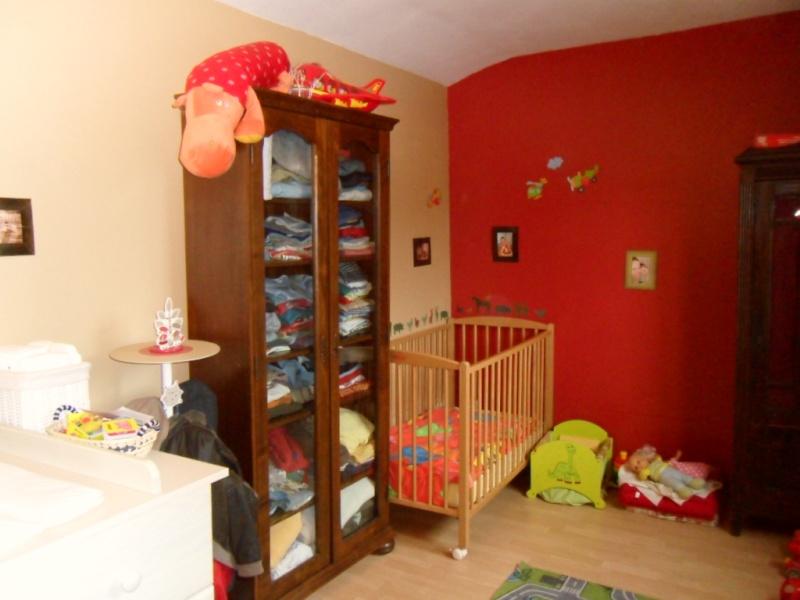 Maison en rénovation : chambre de petit garçon à peindre - avant/après page 2! - Page 2 Sam_5310