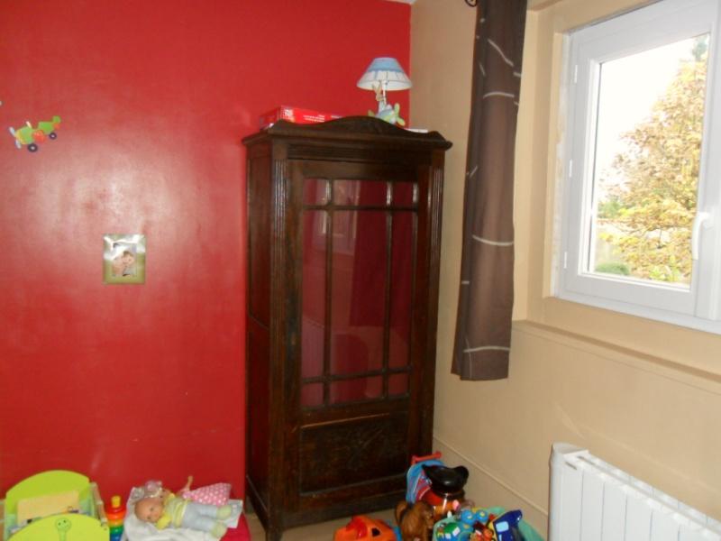 Maison en rénovation : chambre de petit garçon à peindre - avant/après page 2! - Page 2 Sam_5311