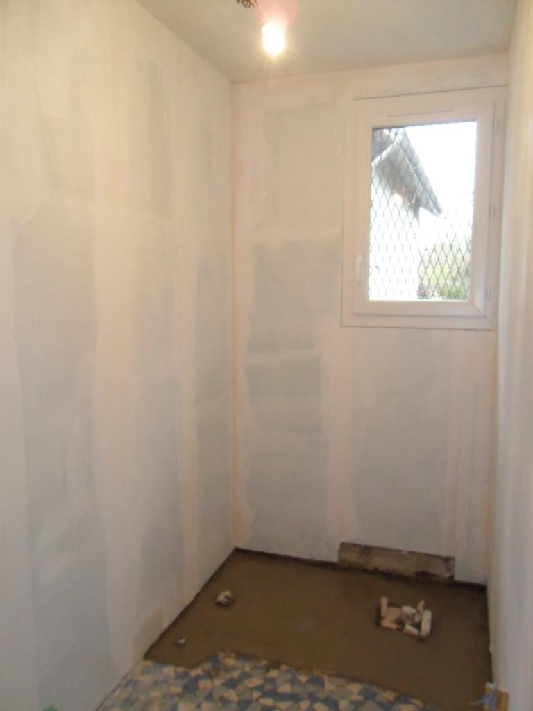 Maison en rénovation, à rafraîchir : sdb complètement refaite à neuf -1ers avant/après p.1 Sdb_2013