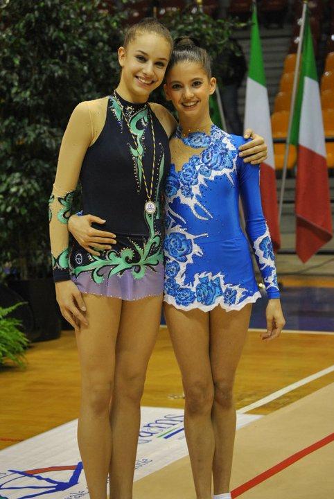 Amitié entre les gymnastes - Page 2 72773_10