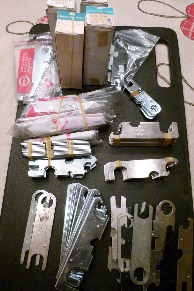 For sale: New Cox parts and tools Tools11