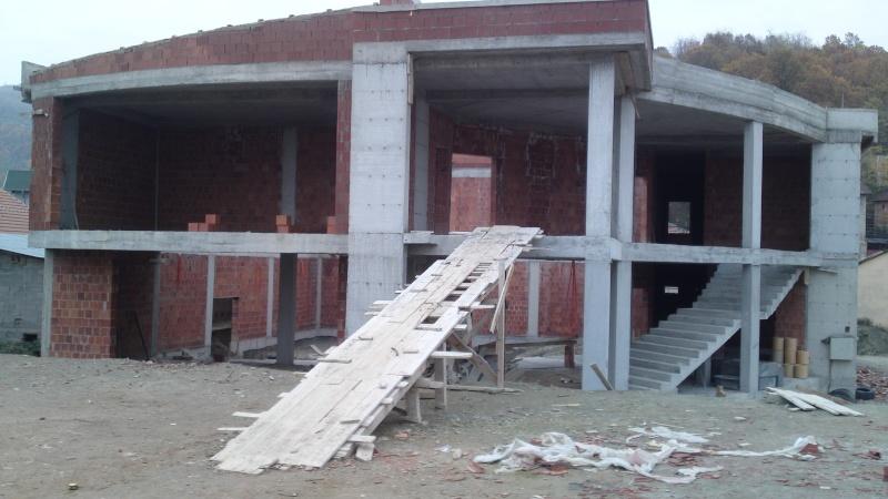 Ndërtimi i shtëpisë së kulturës në Hoqë te Qytetit (foto) 23.11.2012 221