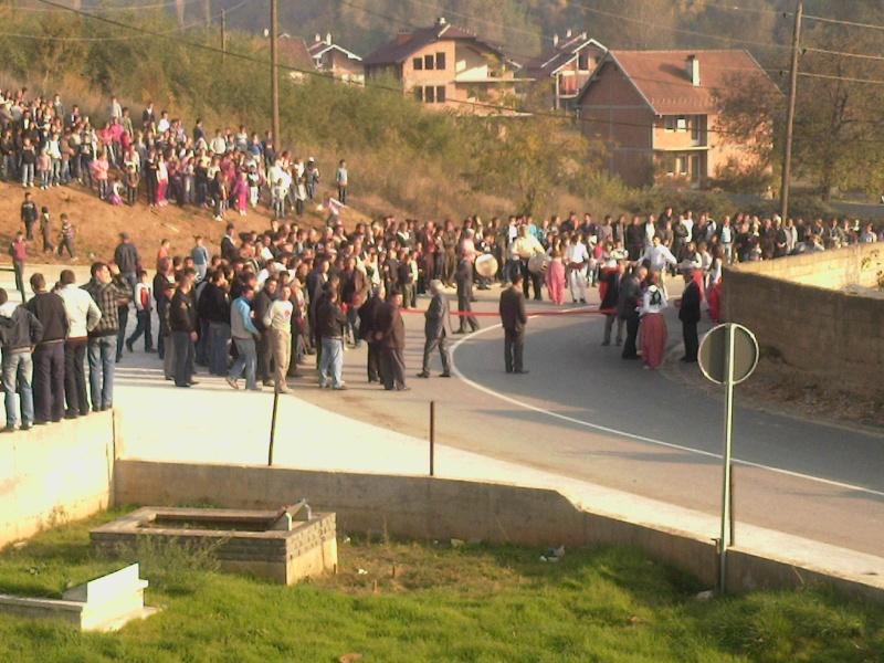 """Perurimi i rruges se re """"16 Korriku"""" ne Hoqe te Qytetit 02.11.2011 (foto) 315"""