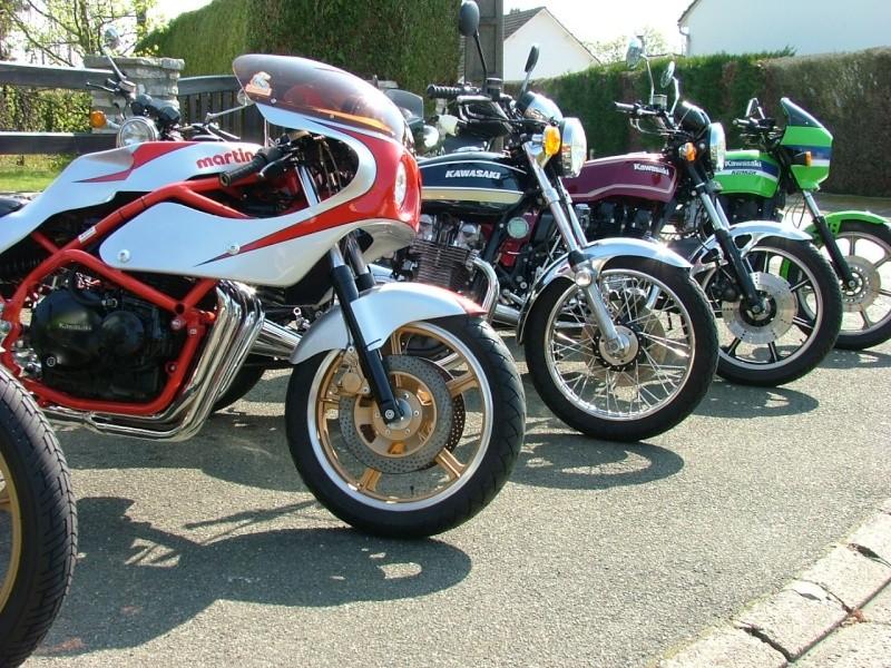 en attendant moto salon .... Dscf4613
