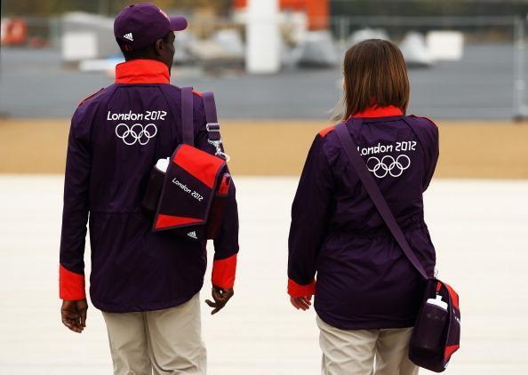 Londres 2012 - Uniformes des Volontaires Olympi15