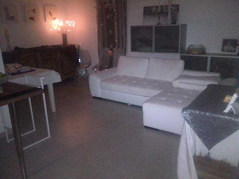 Nouvelle vie, nouvel appartement... nouvelle déco !! Img-2011