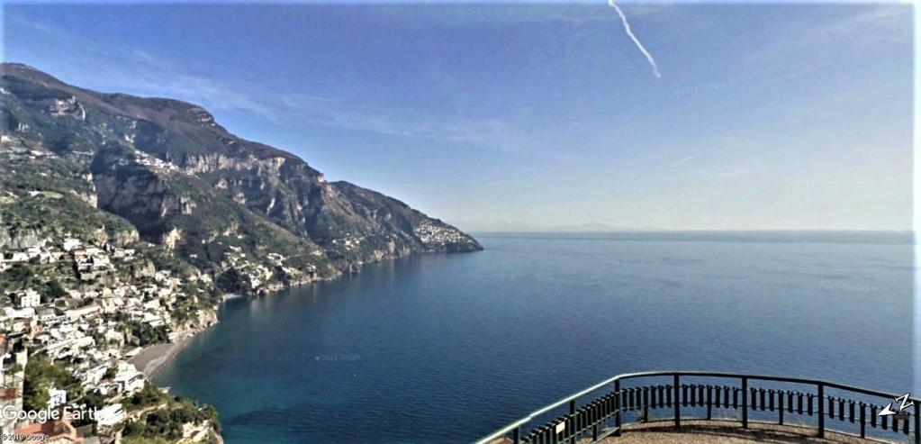 Positano, Salerne, cote Amalfitaine en Italie. Belvzo10