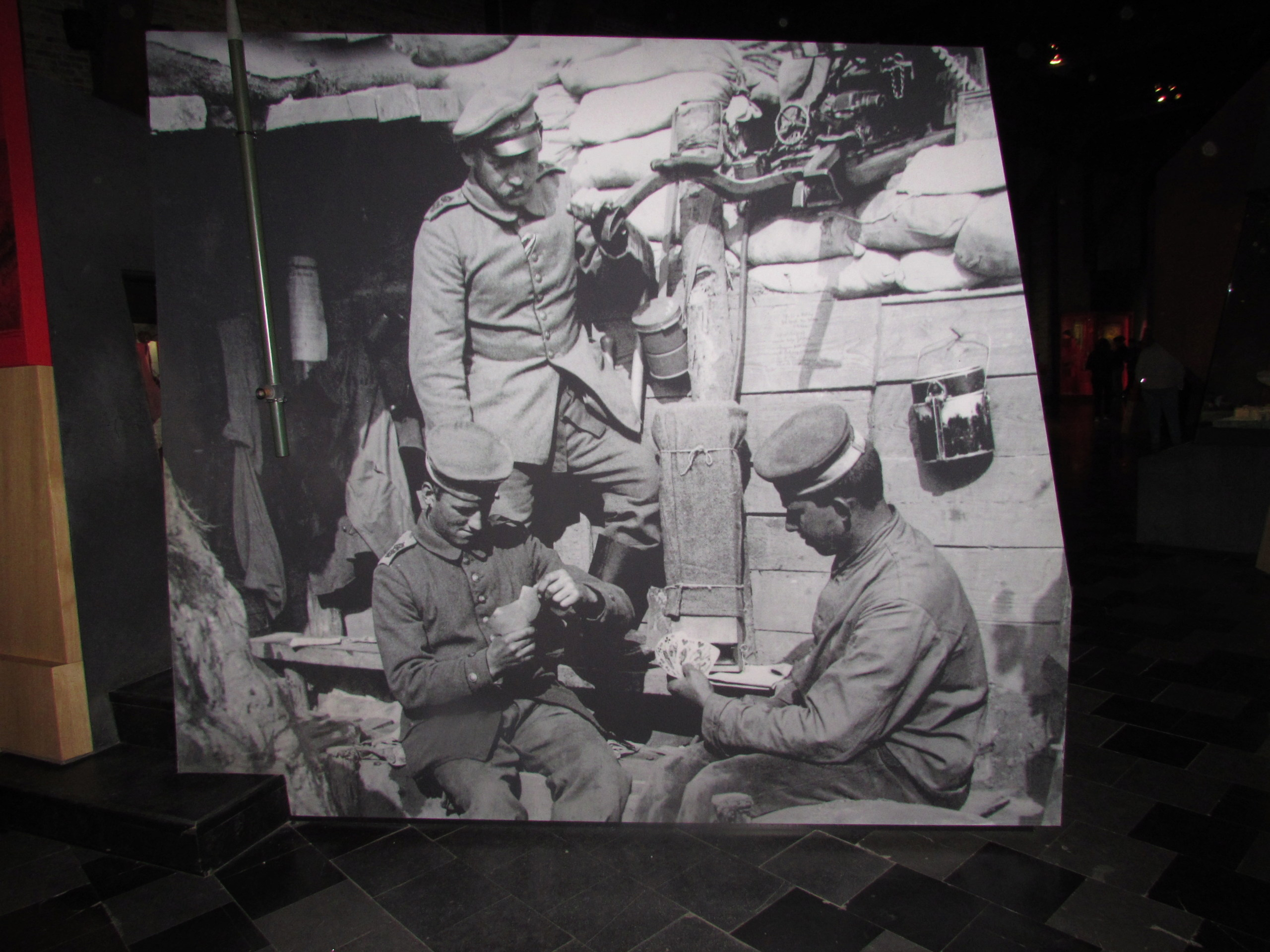 [Commémoration du Centenaire de la Première Guerre -Mondiale] - Page 5 Img_3411