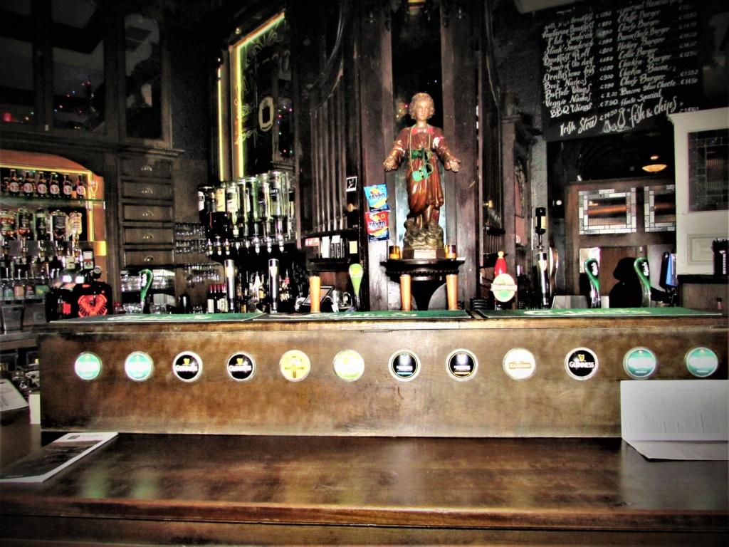 STREET VIEW : les pubs, une invitation à entrer... Img_3611