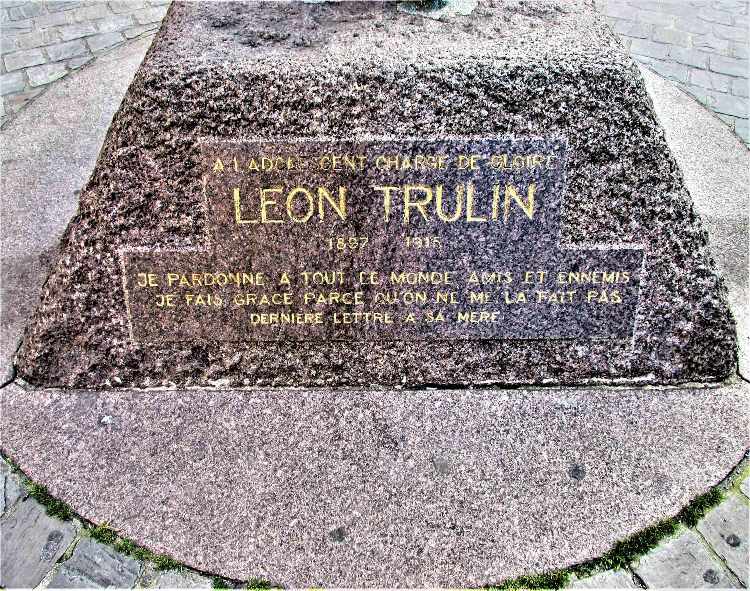 Léon Trulin lors de la première Guerre mondiale « Le 7 novembre 1915, est mort fusillé vers 3 h 1/4 » à  Lille en France. Img_4014