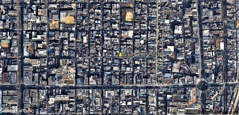 STREET VIEW : halles et marchés couverts - Page 3 Nishik10