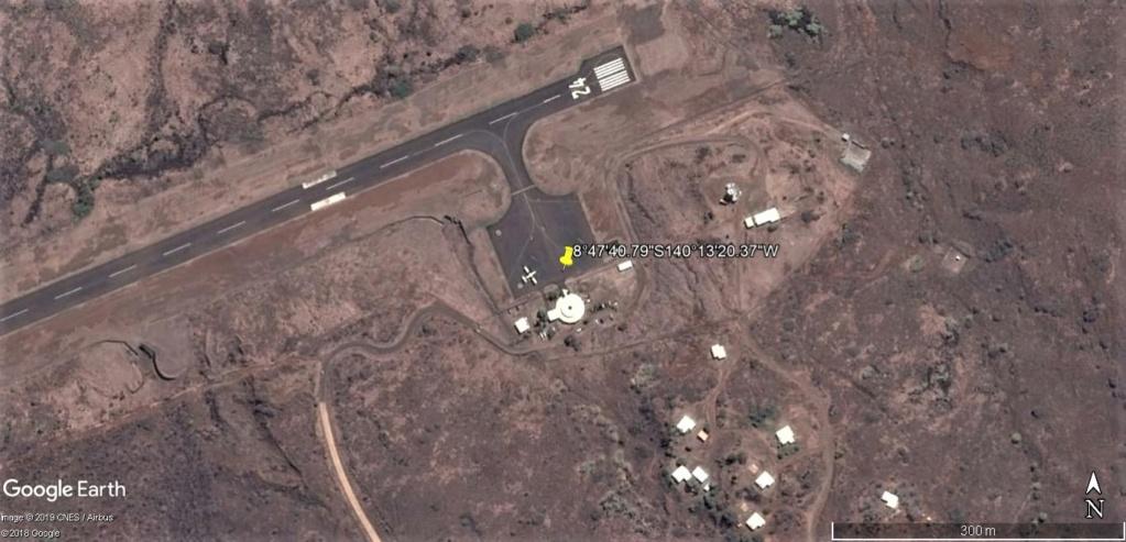 Jacques Brel & Atterrissage à l'aéroport de Nuku-Hiva aux Marquises !! !! Nuku-h10