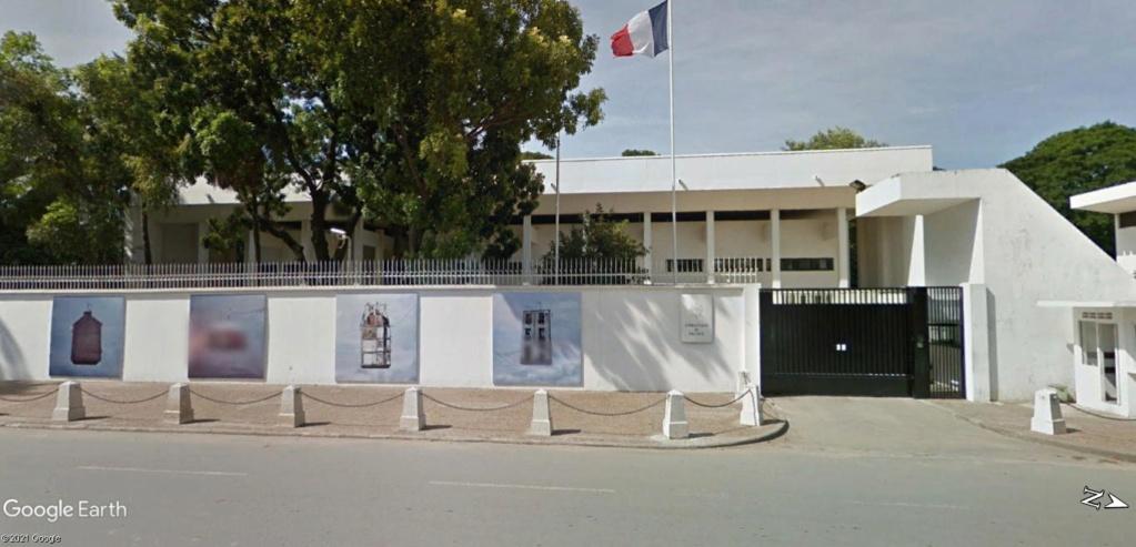 STREET VIEW : les cartes postales de Google Maps - Page 6 Pnompe10