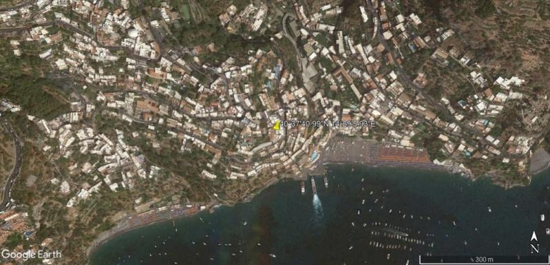Positano, Salerne, cote Amalfitaine en Italie. Posita10