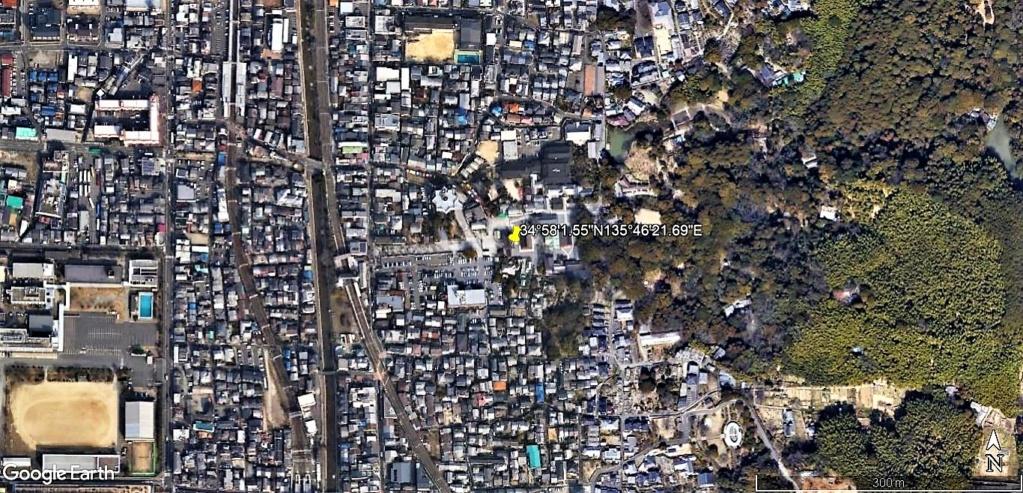 """Les sanctuaires et temples japonais vu avec Google Earth &  """"En premier """"Le sanctuaire Fushimi Inari-taisha, Kyoto, Japon  & Le temple bouddhiste Tōfuku-ji"""" !! Sanctu15"""