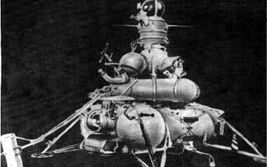 Le premier pas de l'Homme sur la Lune - 50 ans après !! !! - Page 2 Shrmkd10