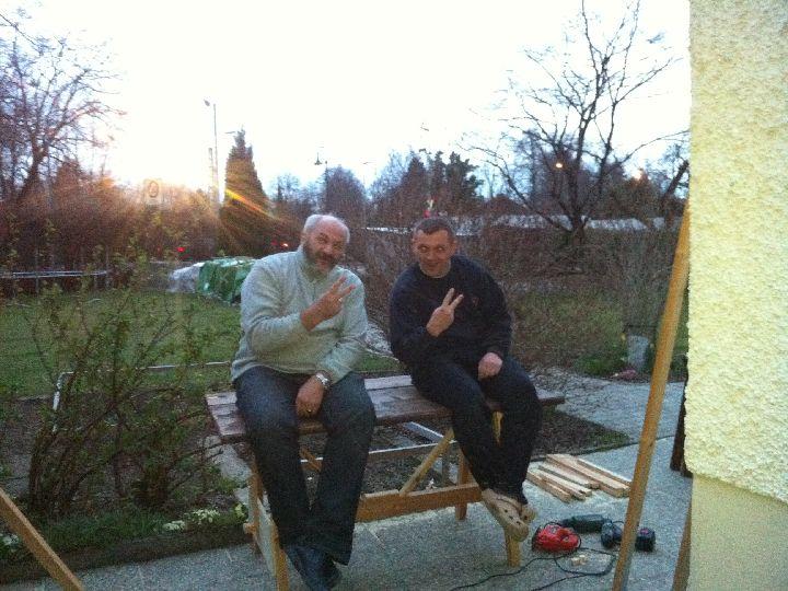 Hrothgar und Wernulf basteln die Swajuttische Img_0523