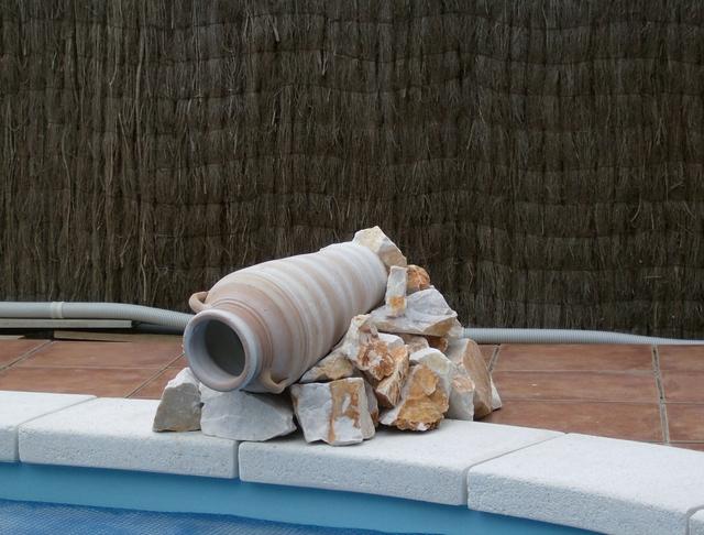 Poser une vasque pour cascade d'eau Piscin13