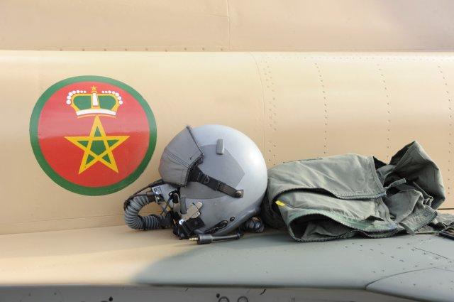 Tenues de vol / Equipements de nos pilotes - Page 3 Phoca_10