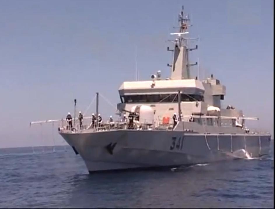 Royal Moroccan Navy OPV-70 / Classe Bir Anzarane - Page 3 Sans_t64
