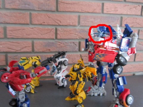 Vos montages photos Transformers ― Vos Batailles/Guerres | Humoristiques | Vos modes Stealth Force | etc - Page 3 Img_0613