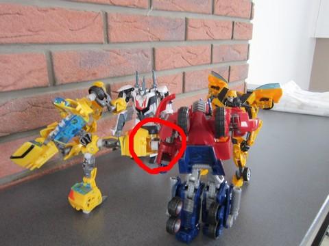 Vos montages photos Transformers ― Vos Batailles/Guerres | Humoristiques | Vos modes Stealth Force | etc - Page 3 Img_0617