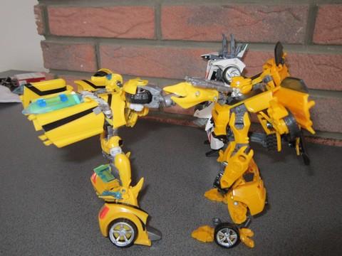 Vos montages photos Transformers ― Vos Batailles/Guerres | Humoristiques | Vos modes Stealth Force | etc - Page 3 Img_0618