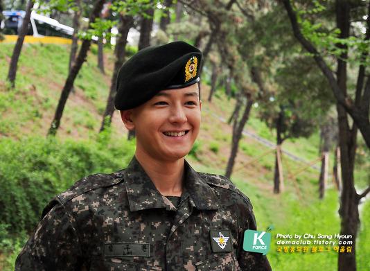 In the military - Tin tức về anh Hwan trong thời gian nhập ngũ Izii210