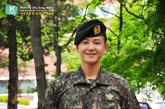 In the military - Tin tức về anh Hwan trong thời gian nhập ngũ Izii410