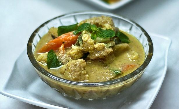 Kerala Vegetable Kurma ~~~  Dsc_0813