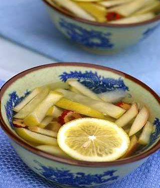 Pear and Apple Soup ~~~  Pear_a10