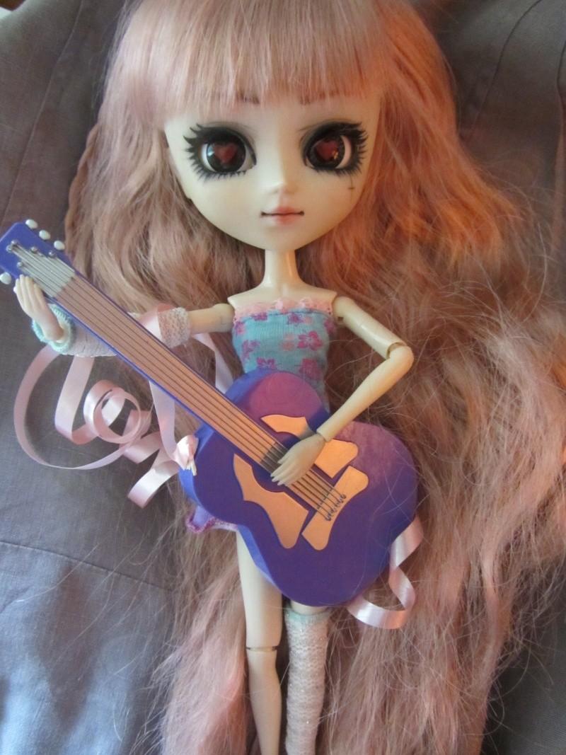 Pullip Lonely Queen (Octobre 2010) 02010