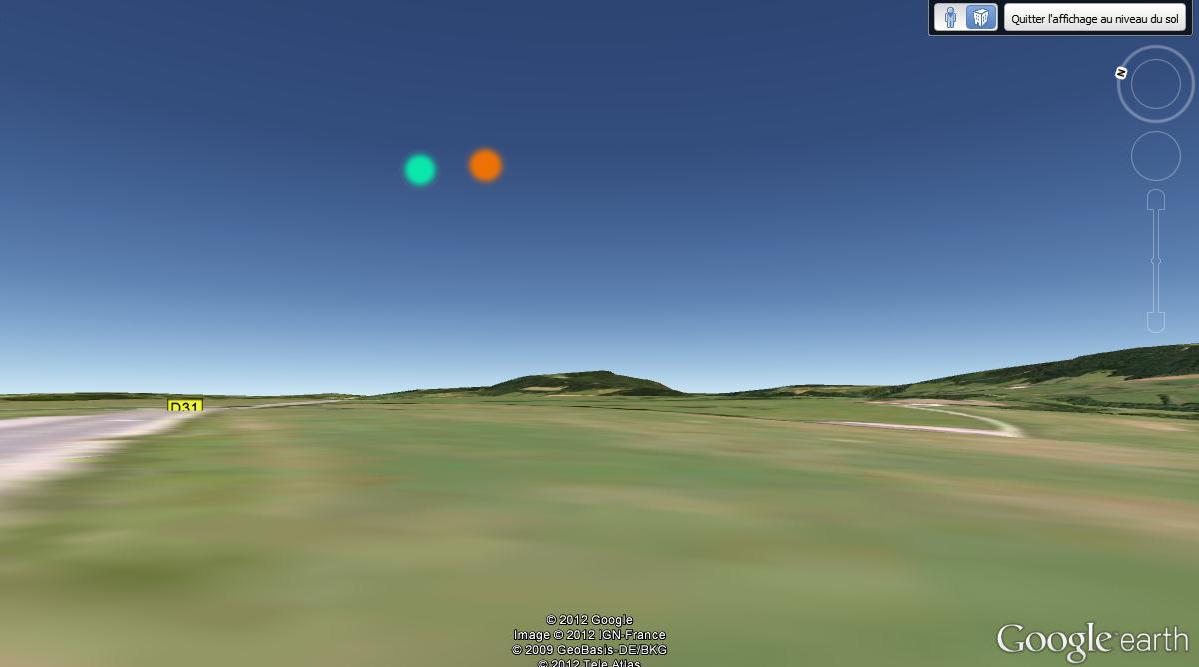 2012: le 20/03 à environ 20h40 - deux boules semblant être reliées - D13, La Sommette, 25510 Doubs, Françe (25)  Boules11