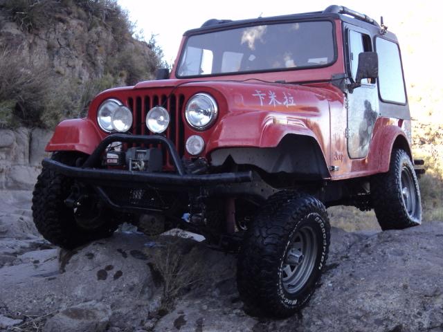 Aca les dejo el cruce de ejes de mi jeep Dsc00810