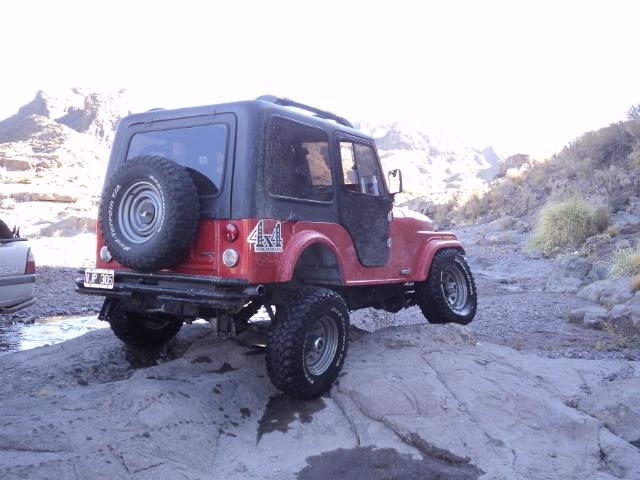 Aca les dejo el cruce de ejes de mi jeep Dsc00811
