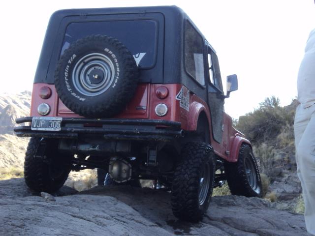 Aca les dejo el cruce de ejes de mi jeep Dsc00813