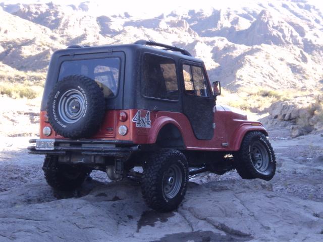 Aca les dejo el cruce de ejes de mi jeep Dsc00814