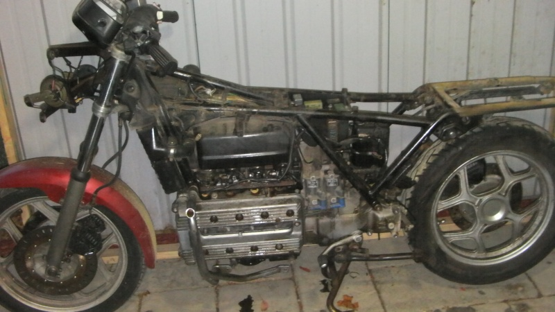 My 84 K100 RS restoration Sany0010